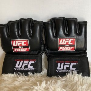 Official Fight Glove UFC Ultimate Fighting Size L